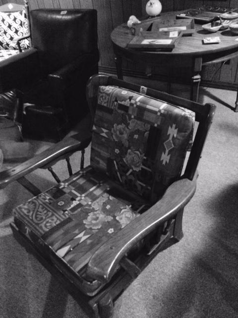 chair_black